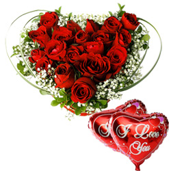 Beautiful Heart Shaped Arrangement of Dutch Red Roses N Heart Shaped Balloons