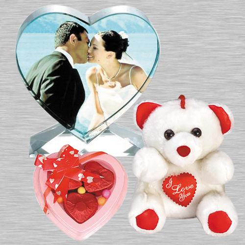 Remarkable Personalized Heart Crystal with Heart Chocolates n Cute Teddy