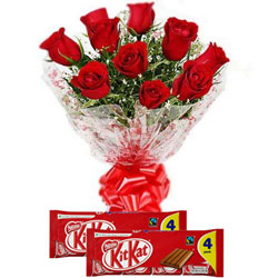 Crunchy Nestle Kit Kat with Red Roses Bouquet