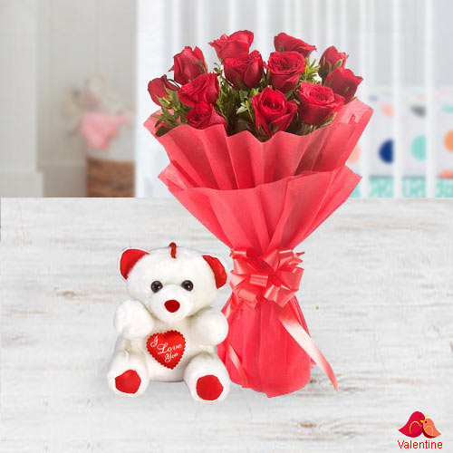 Exclusive Dutch Red Roses  Bunch with a small teddy bear