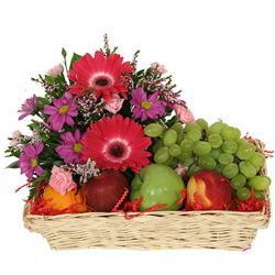 Combo of Fruits Basket with Flowers