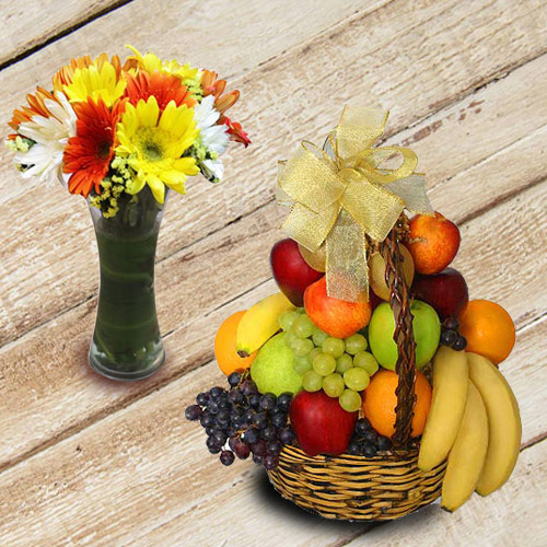 Marvelous Fresh Fruits Basket with Gerberas