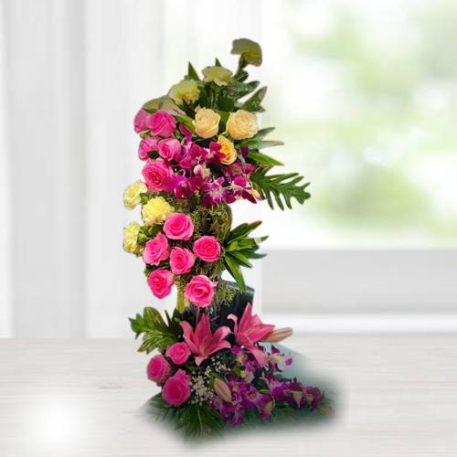 Captivating Standing Arrangement of Assorted Flowers