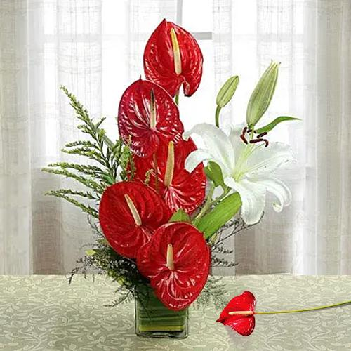 Exotic Anthurium n Lilies in a Glass Vase
