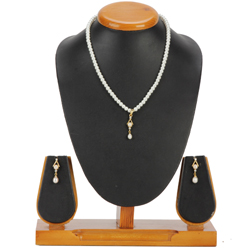 Superb Pearl Pendent Set with Matching Earrings