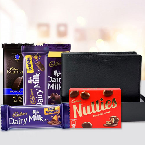 Admirable Mens Leather Wallet with Assorted Cadbury Chocolates