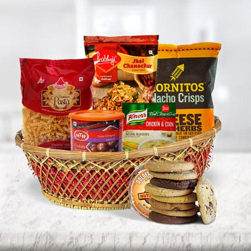 Delectable Snacks Hamper