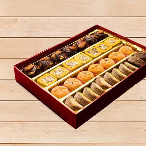 Appealing Assorted Premium Sweet Box (1kg)