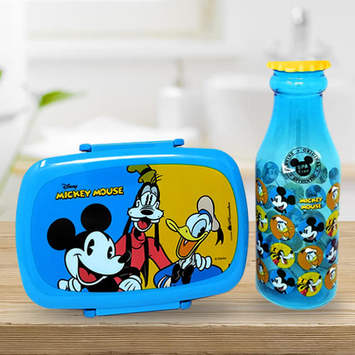 Lovely Disney Mickey Mouse Lunch Box n Water Bottle Set