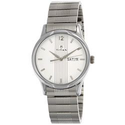 Enticing Premium Signature Gift of Men's Watch from Titan